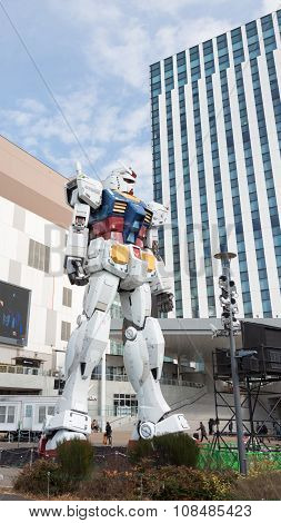 Huge Fantastic Robot In Odaiba