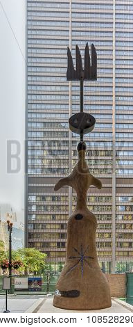 Joan Miro - Chicago Sculpture