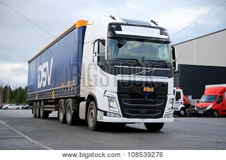 White Volvo FH Semi 500 On Asphalt Yard