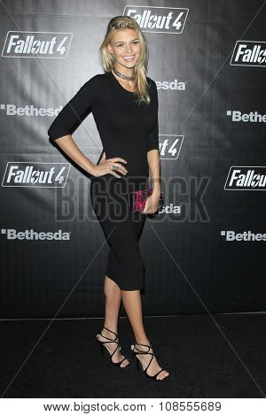 LOS ANGELES - NOV 05:  Kelly Rohrbach at the Fallout 4 video game launch  at the downtown on November 05, 2015 in Los Angeles, CA