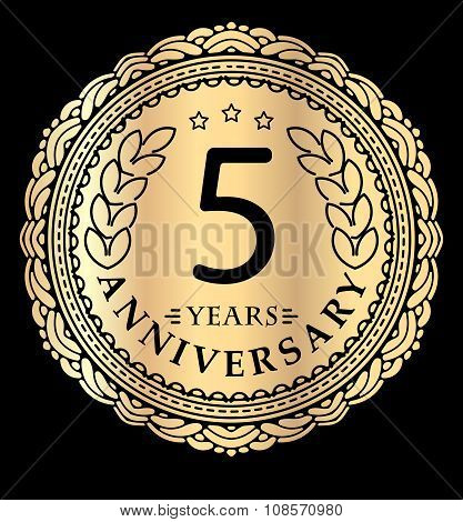 Vintage Anniversary 5 Years Round Emblem In Mono Line Style. Retro Styled Vector Decor In Gold Tones
