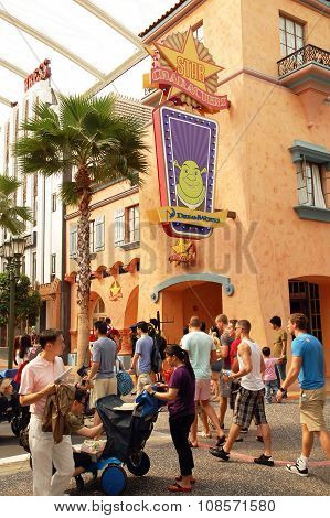 Star Characters in Universal Studios Singapore