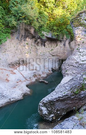 River Belaya is  in  canyon