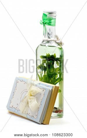 Green Aroma-oil Candle With Greeting Cards