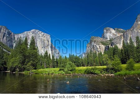 View To Western Rocket Plateau Of Yosemite National Park