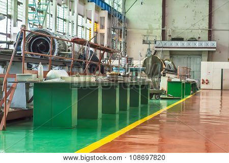 Shop on assembly of aviation engines.Tyumen.Russia