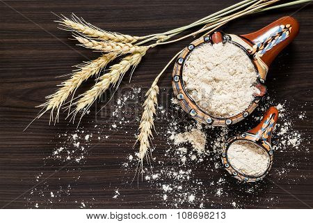 Spikes Of Wheat And Whole-wheat Flour