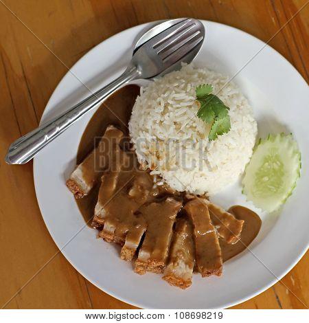 Crispy Pork In Sauce With Rice