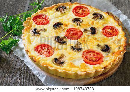 Quiche Lorraine Pie With Chicken And Mushrooms