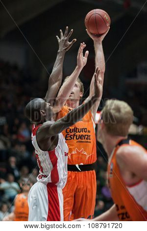 VALENCIA, SPAIN - NOVEMBER 18th: Hamilton with ball during Eurocup between Valencia Basket Club and Sluc Nancy at Fonteta Stadium on November 18, 2015 in Valencia, Spain