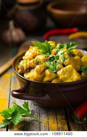 Spicy Chicken And Chickpeas Curry