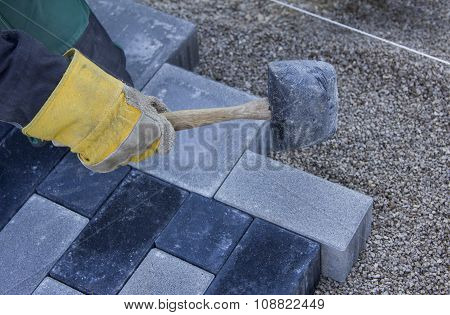 Paver With Rubber, Laying A Garden Path