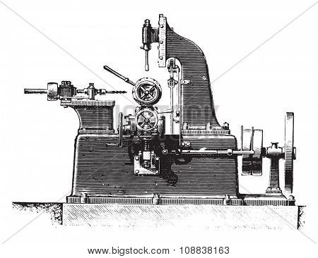 Machine slotting hubs, profile view, vintage engraved illustration. Industrial encyclopedia E.-O. Lami - 1875.