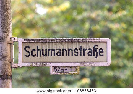 Street Shield   Named After Musician Robert Schumann