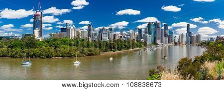 Brisbane, AUS - 18 NOV 2015: Panoramic view from Kangaroo point overlooking Brisbane City and river during a sunny day.