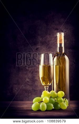 White wine with green grapes