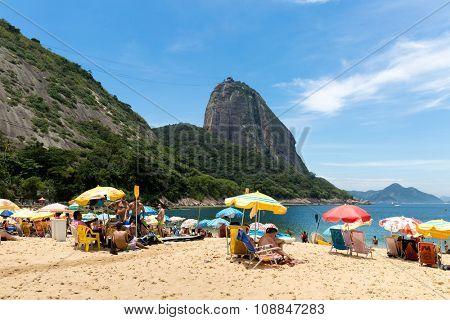 RIO DE JANEIRO, BRAZIL - CIRCA NOVEMBER 2015: Red Beach (Praia Vermelha) with view of Sugarloaf Mountain in Rio de Janeiro, Brazil