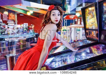 Pinup Play Pinball