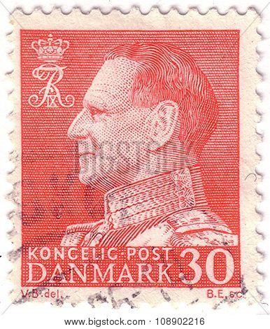 Denmark - Circa 1961: Stamp Printed By Denmark, Shows King Frederik, Circa 1961