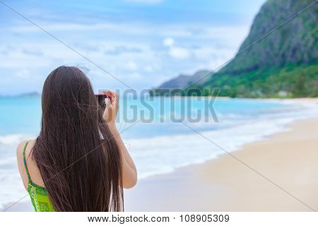 Beautiful Teen Girl In Hawaii Holding Camera Taking Pictures