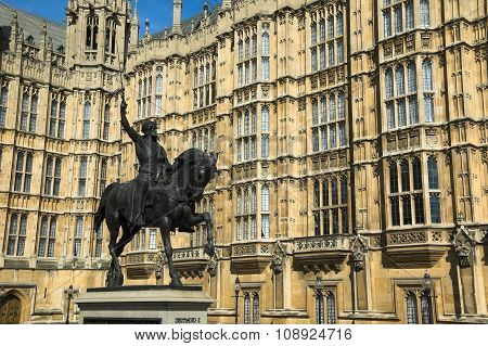 Richard the Lionheart statue at the Houses Of Parliament