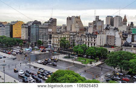 9 De Julio Avenue In Buenos Aires