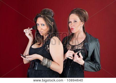 Amas de casa estilo New Jersey de dos Do maquillaje y uñas