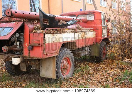 Abandoned Vintage Fire Engine
