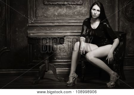 Sexual Woman In The Vintage Interior