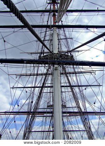 Clipper Mast
