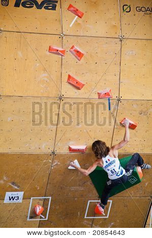 Melissa Le Neve, final of the bouldering World Cup during the 10th Teva Mountain Games
