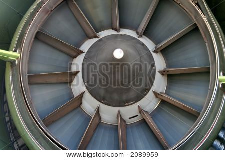 Boeing 757 Engine