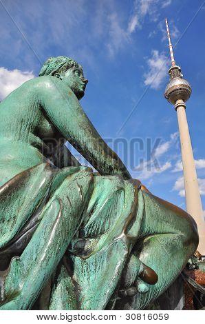 Neptune Fountain & TV Tower, Berlin