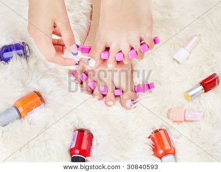Feet In Toe Separators
