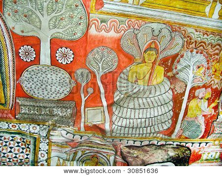 Buddah And Painting In The Famous Rock Tempel Of Dambullah, Sri Lanka