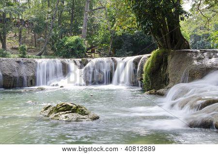 Deep Forest Waterfall(jed Sao Noi Waterfall) Saraburi, Thailand