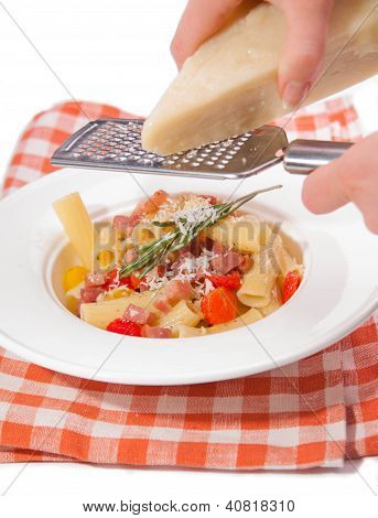 pasta with pancetta and paprica