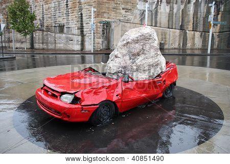 Sydney esmagado escultura de carro