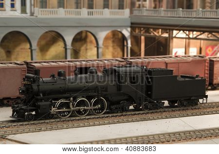 miniature model of canadian pacific