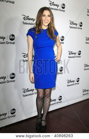 PASADENA - JAN 10: Eden Sher at the Disney ABC Television Group 2013 TCA Winter Press Tour at The Langham Huntington Hotel on January 10, 2013 in Pasadena, CA