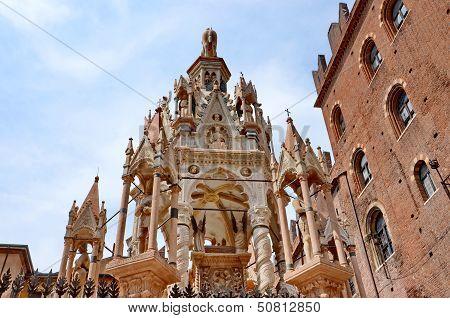 Scaliger Tombs, Verona Italy