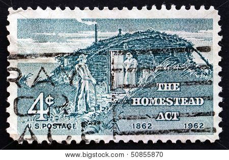 Postage Stamp Usa 1962 Sod Hut And Settlers