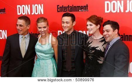 NEW YORK-SEP 12: (l-r) Tony Danza, Scarlett Johansson, Joseph Gordon-Levitt, Julianne Moore and Jeremy Luc attend the