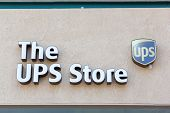 Sacramento, Usa - September 13: The Ups Store On September 13, 2013 In Sacramento, California.