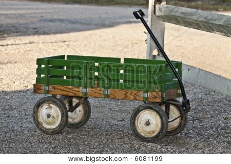 Rusty Green Wagon