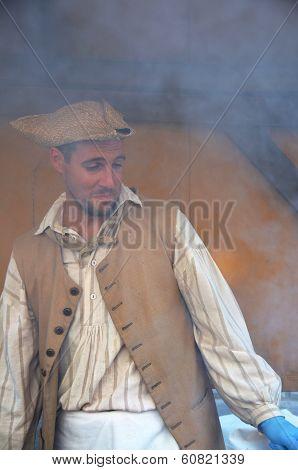 Man re-enacting New France era