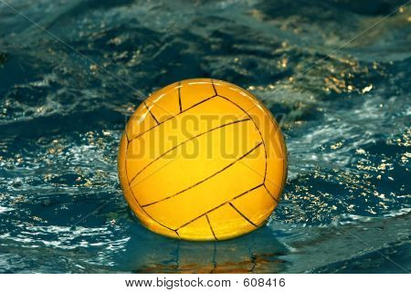 Gele Waterpolo bal