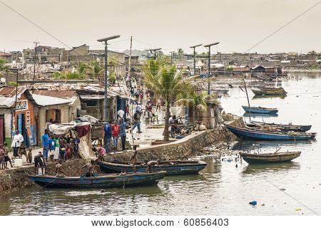 Life by Mapou River, Haiti