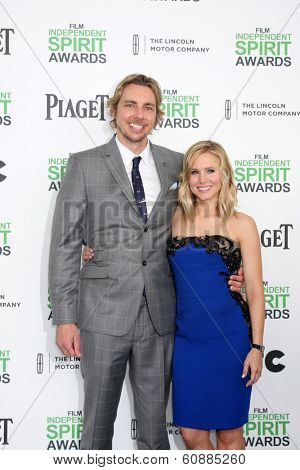 LOS ANGELES - MAR 1:  Dax Shepard, Kristen Bell at the Film Independent Spirit Awards at Tent on the Beach on March 1, 2014 in Santa Monica, CA