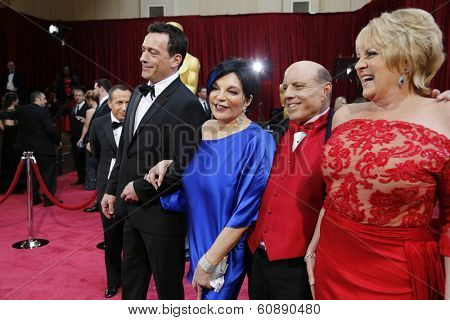 LOS ANGELES - MAR 2:  Liza Minelli, Joey Luft, Lorna Luft at the 86th Academy Awards at Dolby Theater, Hollywood & Highland on March 2, 2014 in Los Angeles, CA